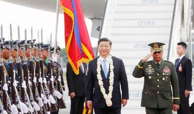 Xi visits Philippines to deepen ties with US ally