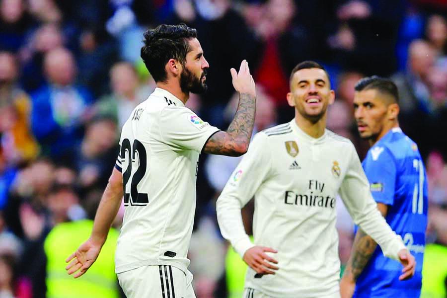 Isco and Asensio lead Madrid into Copa del Rey's last 16