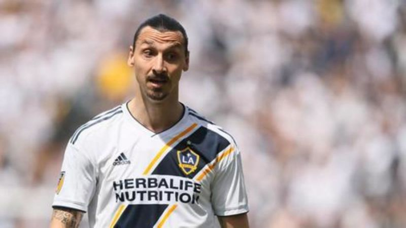 Zlatan sticking with LA Galaxy, AC Milan 'evaluate' Fabregas