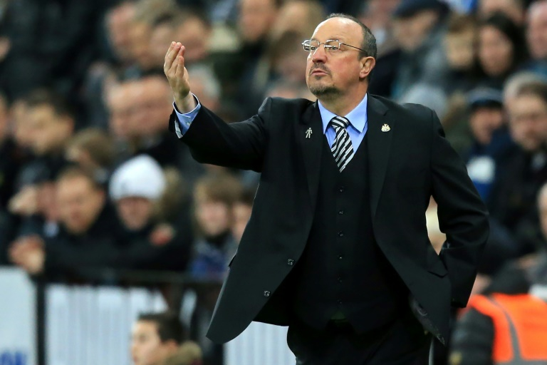 Furious Benitez demands VAR after last-gasp Wolves defeat
