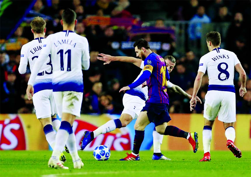 Tottenham advance to CL round of 16 after 1-1 draw at Barca