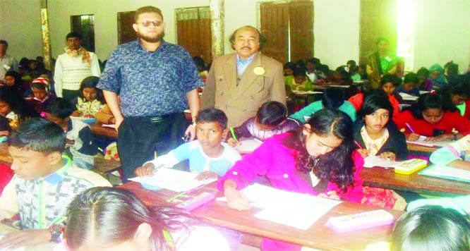 SUNDARGANJ (Gaibandha): Students participating in the Upazila Kindergarten Association Scholarship Examination on Abdul Mojid Govt Boys' High School premises  on Wednesday.