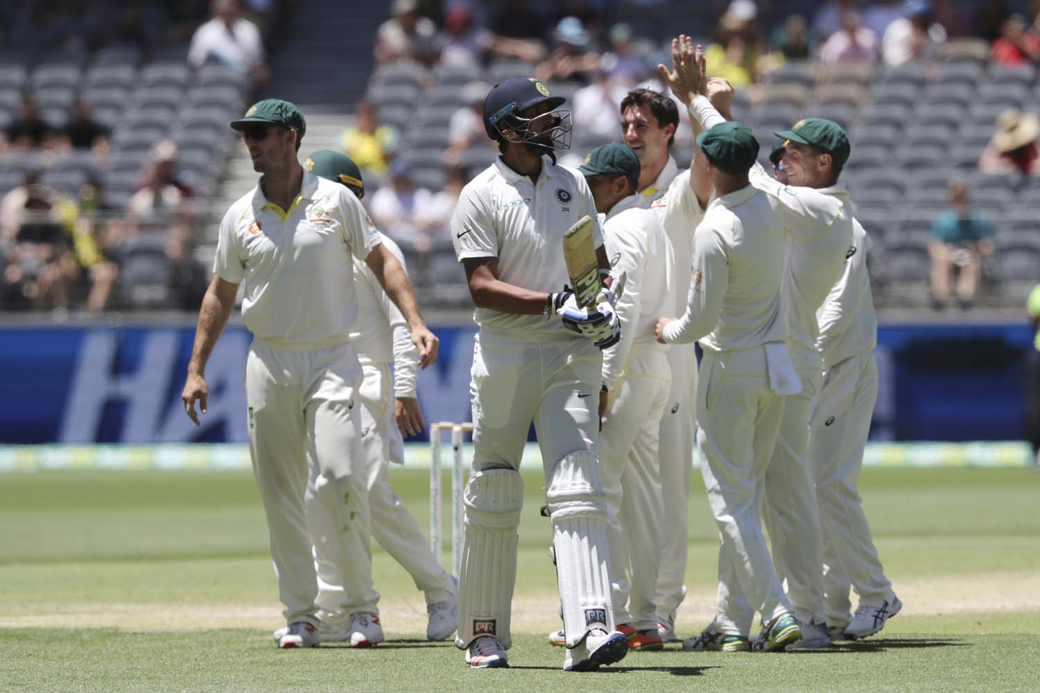 Australia wins 2nd Test vs India by 146 runs, series 1-1