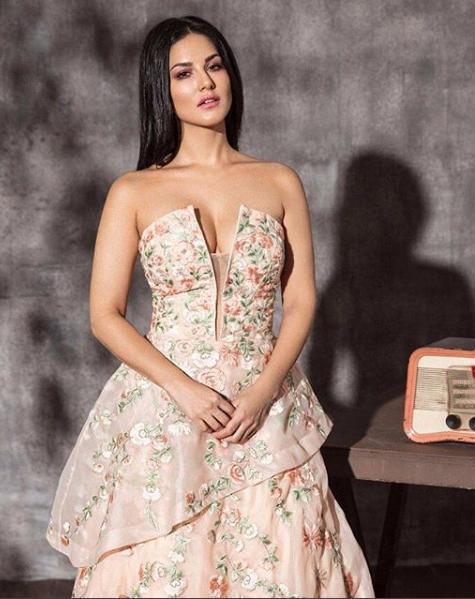 I always try to push negativity aside: Sunny Leone