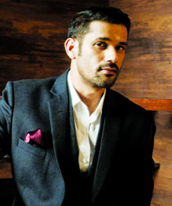 Sohum Shah received many  invites for Makar Sankranti