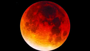 Total lunar eclipse meets supermoon tonight