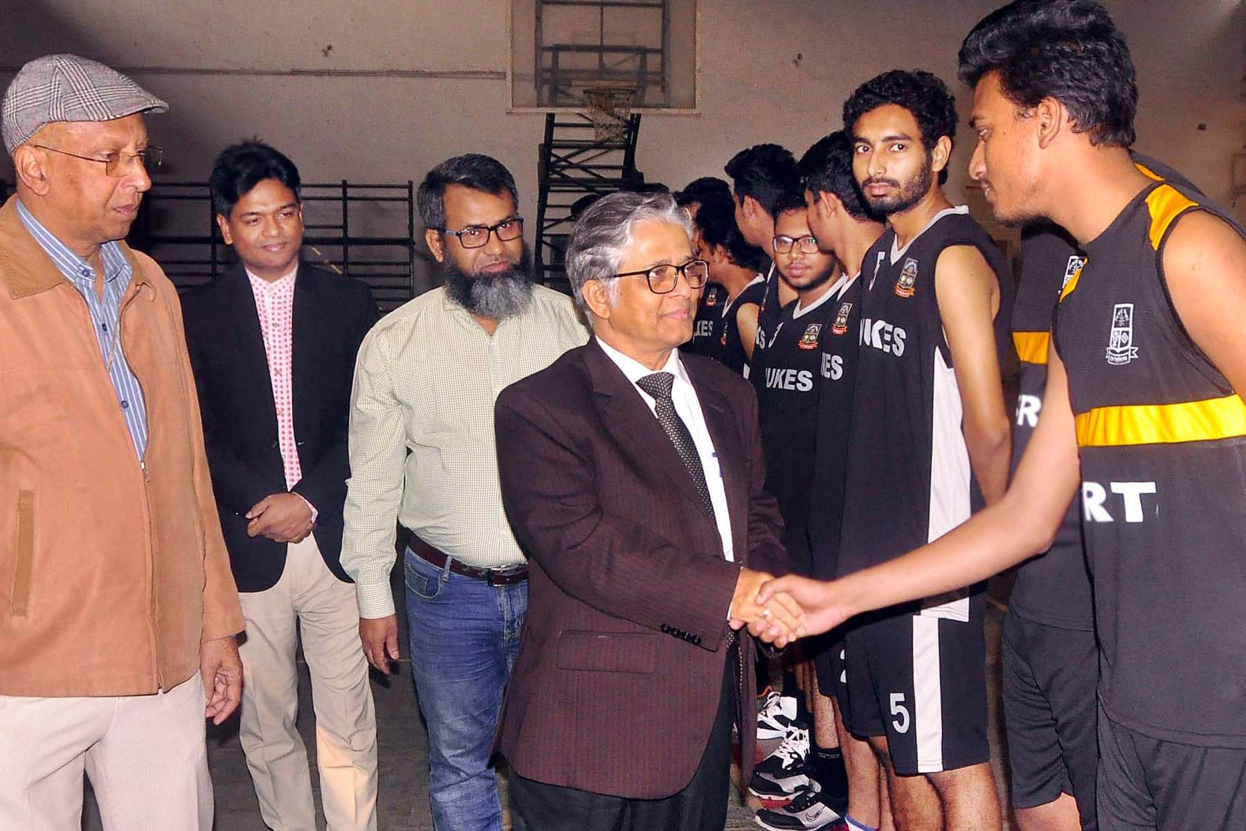 Vice-Chancellor of Dhaka University (DU) Professor Dr Md Akhtaruzzaman being introduced with the participants of the Inter-Department Basketball Competition of DU at the Gymnasium of DU on Sunday.