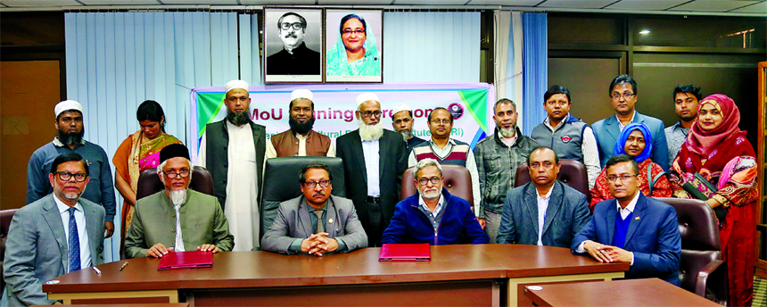 Bangladesh Agricultural Research Institute (BARI) signs three separate deals with the Metal (Pvt.) Limited, RK Metal and Mahbub Engineering Workshop at BARI's conference room in Gazipur on Sunday. Dr. Abul Kalam Azad, Director General of BARI, Engr. Sadid Jamil, Managing Director of the Metal (Pvt.) Ltd, Paritosh Kumar Malo, Proprietor of RK Metal, Md. Mahbubur Rahman Khan, Proprietor of Mahbub Engineering Workshop, Dr. Md. Abdul Wohab, Director and other senior scientists of the organization were also present.