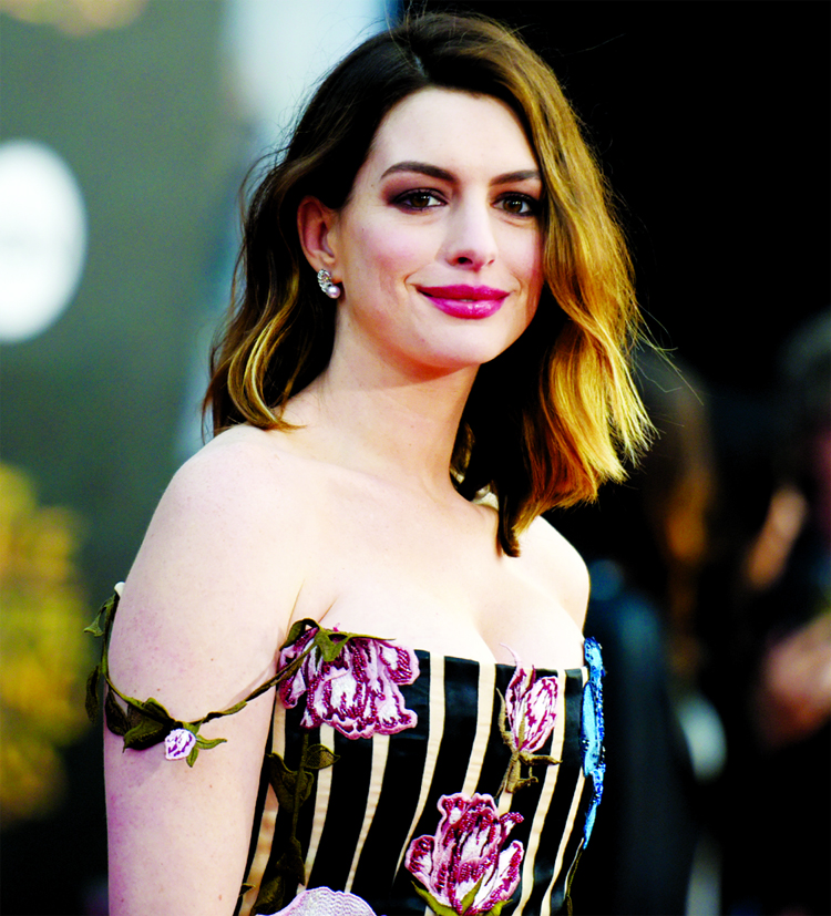 Anne Hathaway to topline Robert Zemeckis' The Witches