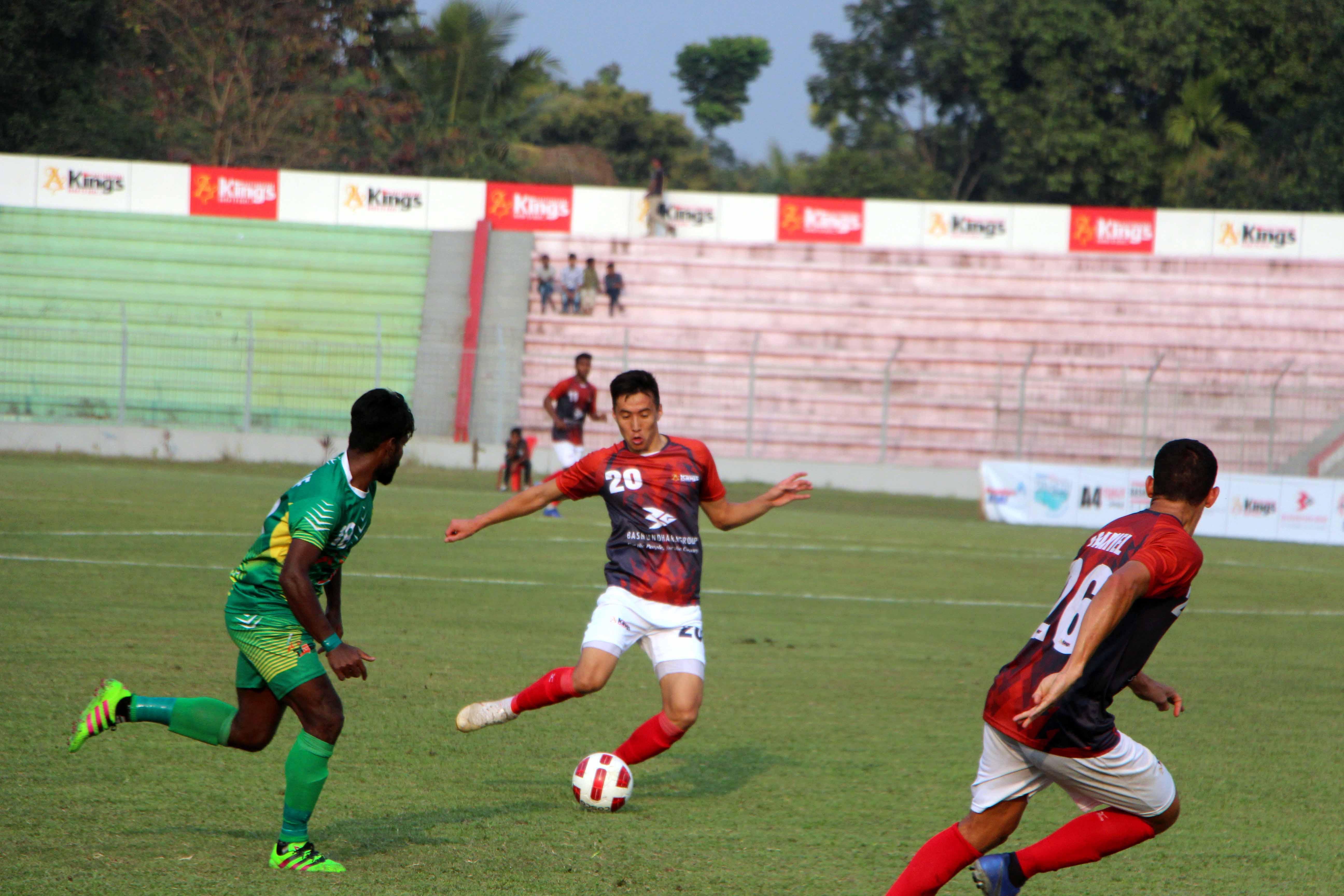 A view of the football match of the Bangladesh Premier League between Bashundhara Kings and Rahmatganj MFS at Sheikh Kamal Stadium in Nilphamari on Thursday. Bashundhara Kings won the match 1-0.