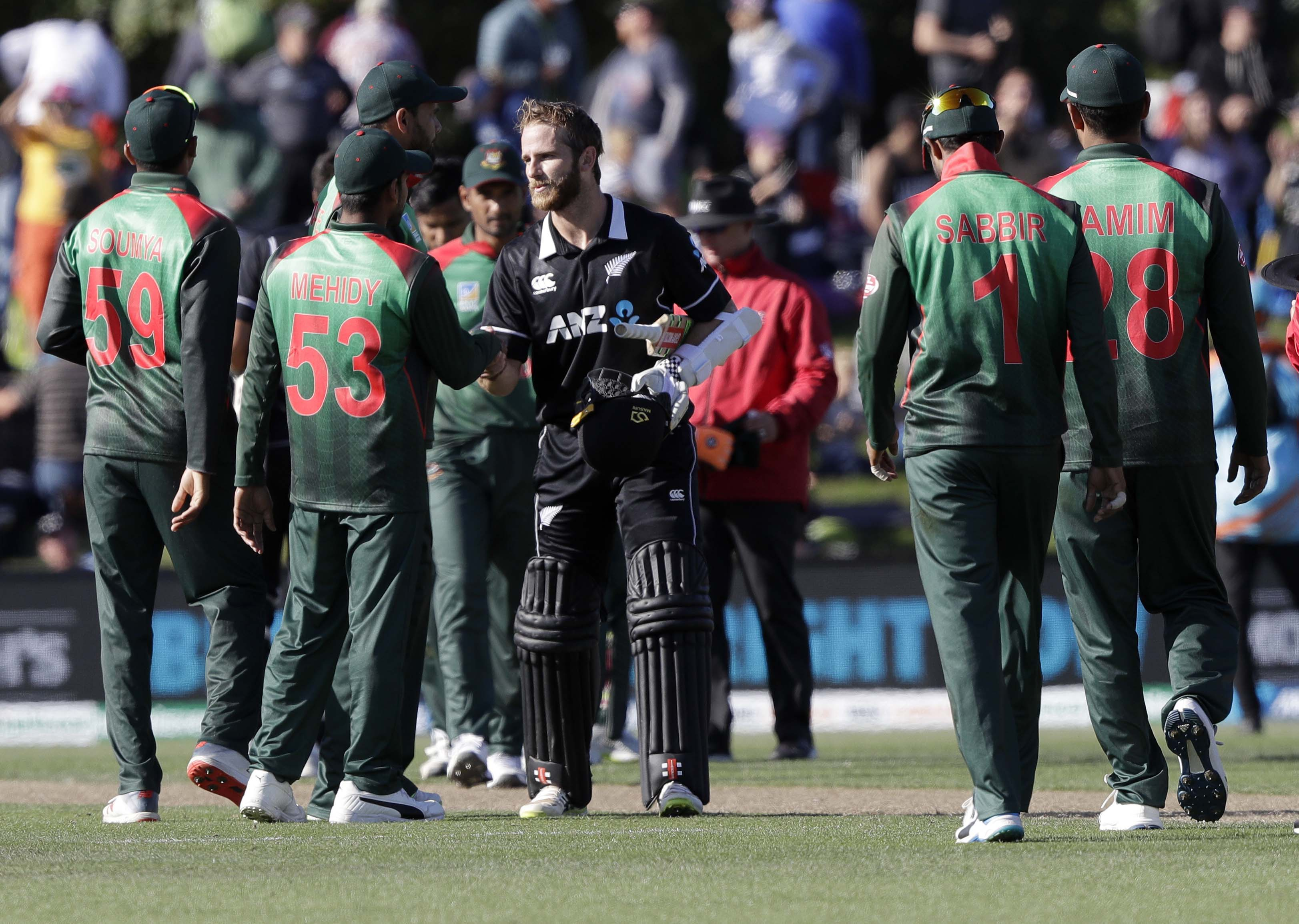 NZ clinch ODI series 2-0