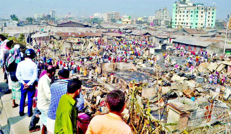 Nine burnt to death in Ctg slum fire