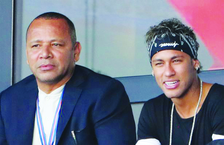 Neymar's father denies any contact with Barcelona for possible return