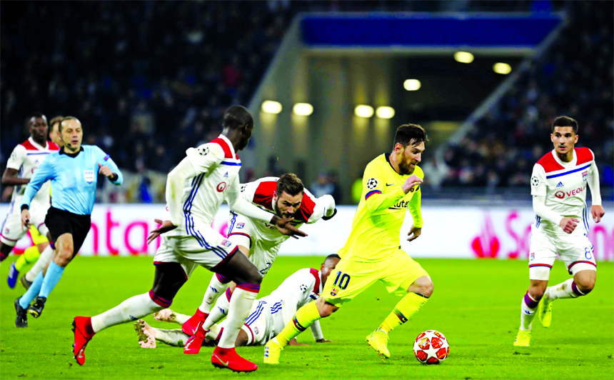Barcelona's attacking stars disappoint in 0-0 draw at Lyon