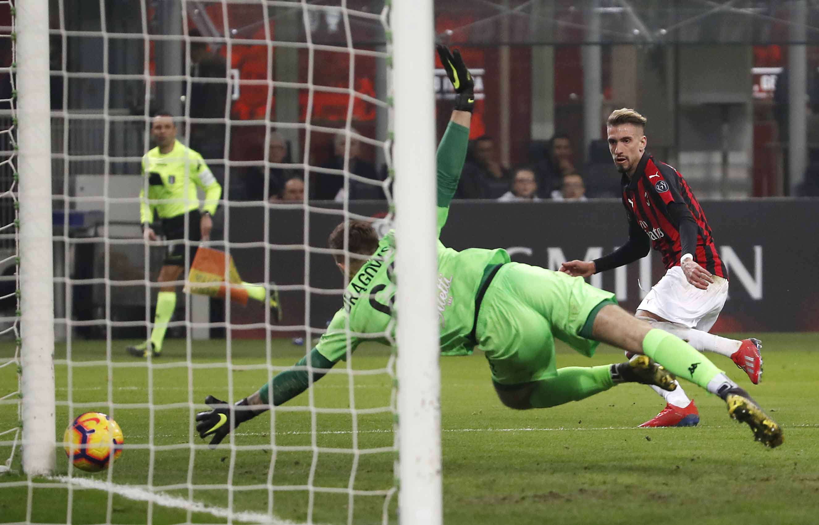 Piatek scores again as AC Milan beat Empoli 3-0 in Serie A