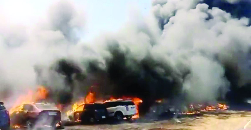300 vehicles gutted in India fire