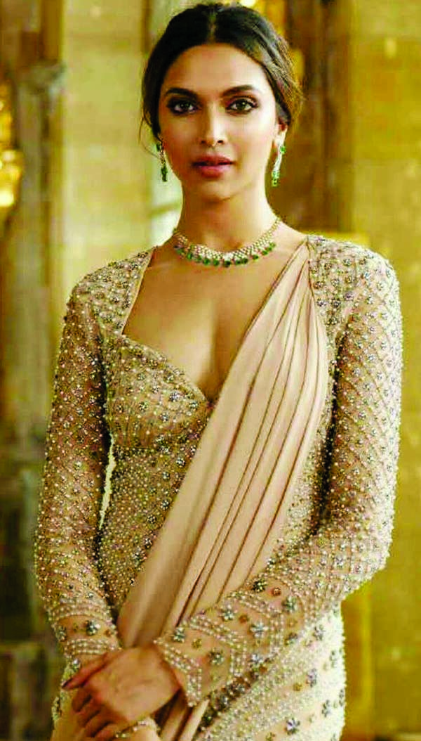 Deepika Padukone checks all ticks in list over a week
