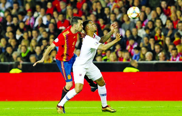 Spain survive Norway scare to kick-off campaign with win