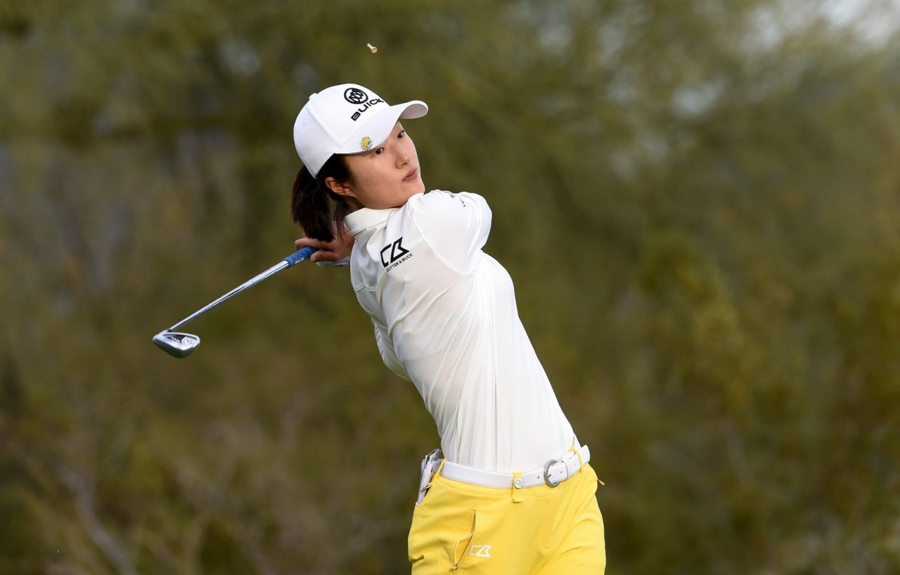 China's Liu storms to one-shot lead at LPGA Founders Cup