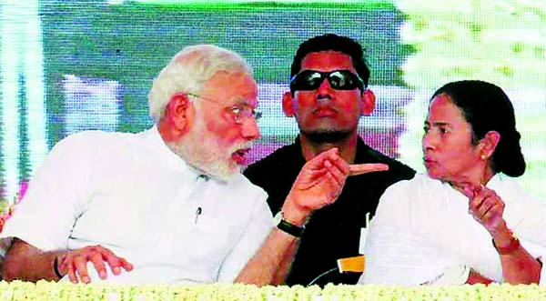 Mamata scared and frustrated, backs anti-nationals: Modi