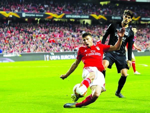 Benfica defeat Frankfurt 4-2 in Europa League