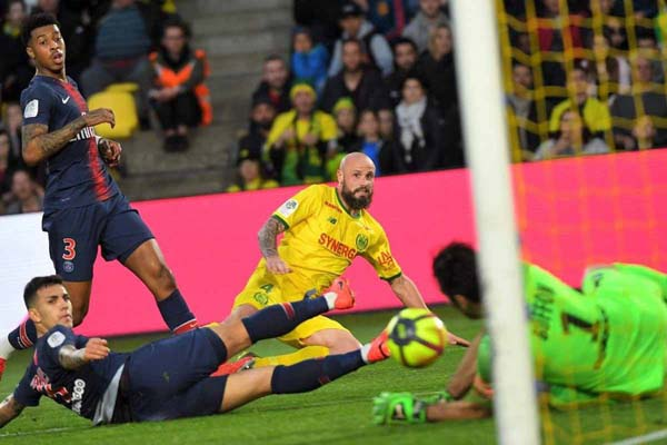 PSG lose to Nantes