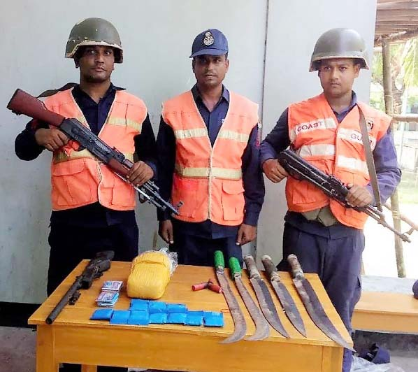 Members of Coast Guard recovered 10,000 pieces of Yaba tablets with huge local arms  from Kutubdia on Friday.
