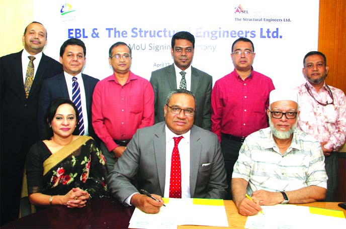 M Khorshed Anowar, Head of Retail and SME Banking of Eastern Bank Limited (EBL) and Engr. Md. Abdul Awal, Managing Director of Structural Engineers Limited (SEL) signing a MoU to enhance the quality of Home Loan service through sharing best value offerings for the customers at the Bank's head office in the city recently. Top officials from bothsides were also present.