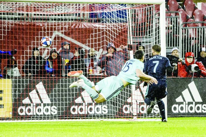 Hamilton helps Toronto FC rally to beat Minnesota United