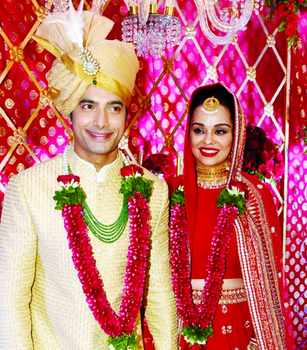 TV actor Ssharad Malhotra ties the knot with Ripci Bhatia