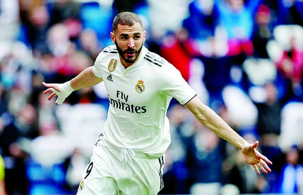 Benzema scores hat- trick for Madrid in 3-0 win over Athletic