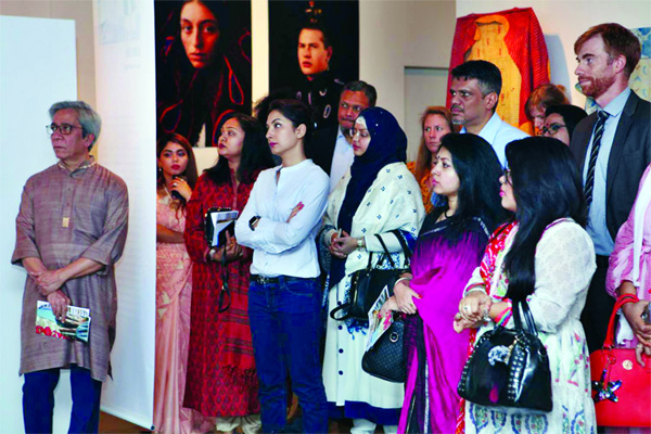 Int'l fashion design exhibition 'Local International' continues