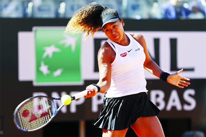 Osaka into third round as Italian Open resumes after washout
