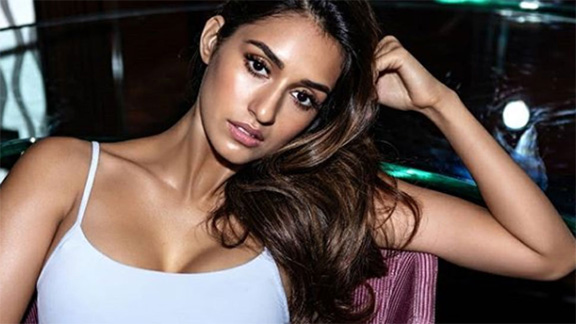 Disha Patani sizzlesin a black Calvin Klein lingerie, shares latest pic