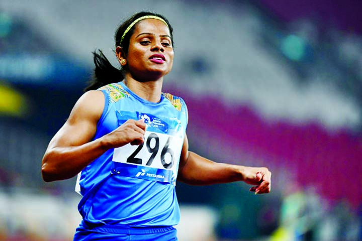India gender-row sprinter Chand says she is gay