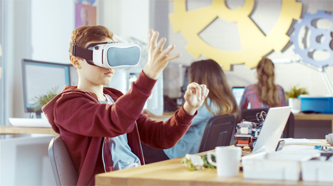 Education with Virtual Reality