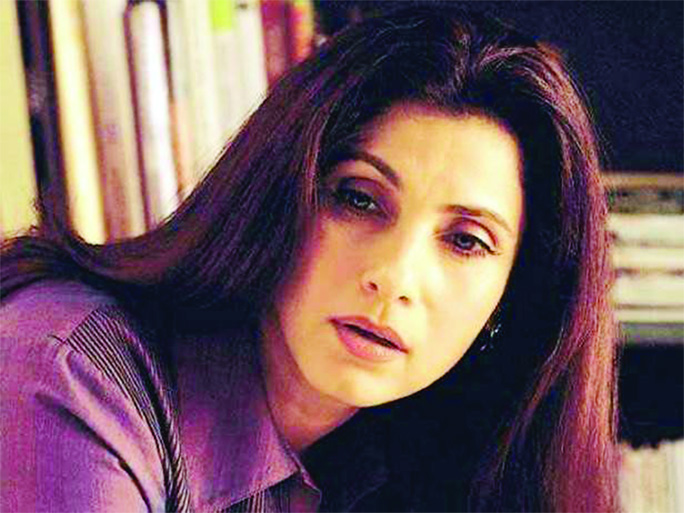 Dimple Kapadia bagged Christopher Nolan`s Tenet
