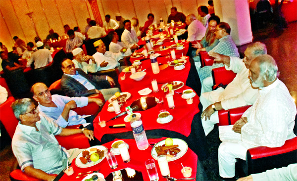An Iftar Mahfil was held at Hotel Isha Kha organised by Gano Forum on Sunday. Dr. Kamal Hossain, Barrister Mainul Hosein, Dr. Moyeen Khan among other members of social media and political parties also attended the Iftar party.