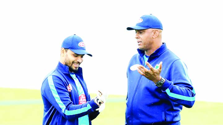 Walsh expects 'fighter' Mashrafe to hit back with bang