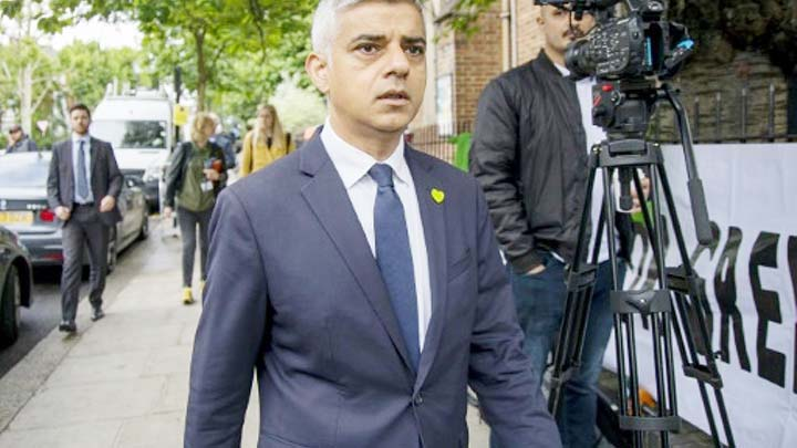 Trump in new attack on London's Mayor calls Sadiq Khan a 'disaster'