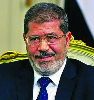 Egypt`s ousted President Morsi dies during trial
