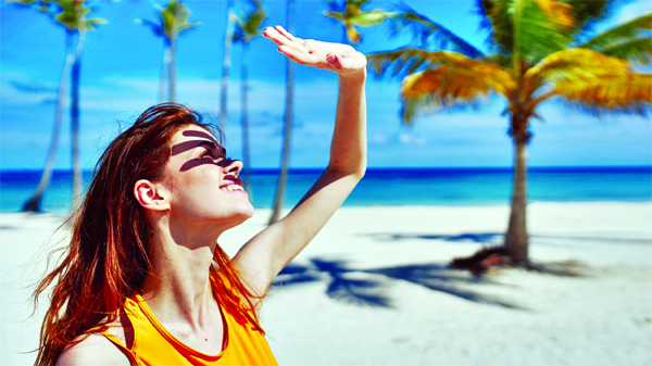 How to  protect your skin  in summer holidays