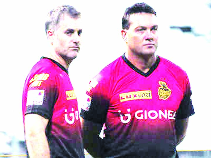 KKR part ways with coaches Kallis, Katich