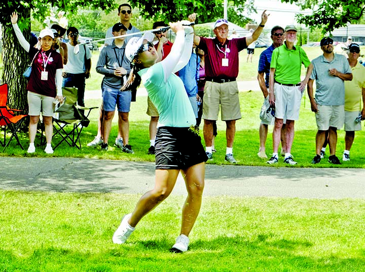 Kim leads by one at Marathon Classic