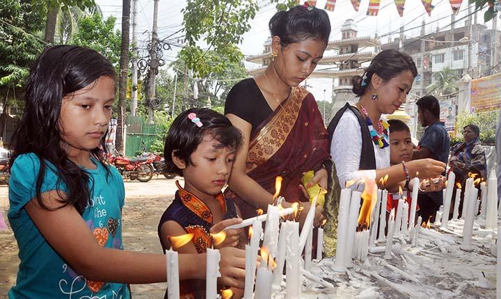 Buddhists celebrate Ashari Purnima