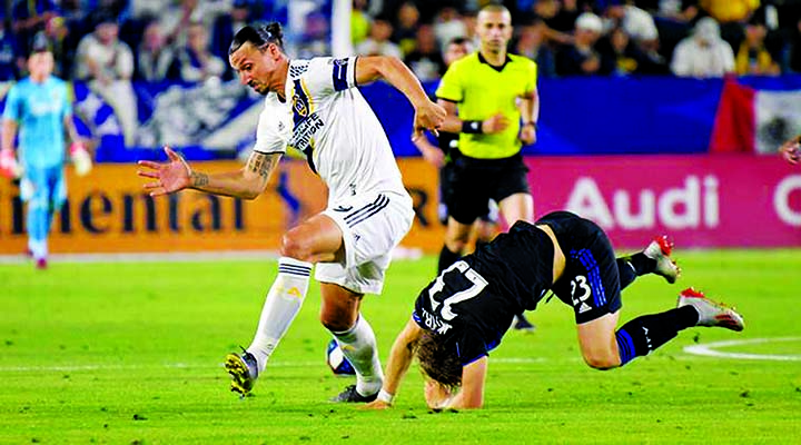 Ibrahimovic hat-trick leads LA Galaxy to 3-2 win over LAFC