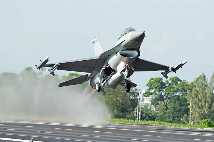US govt to go ahead with $8b sale of F-16 fighter jets to Taiwan, angering China