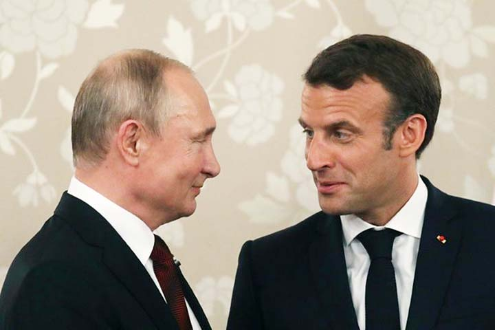 Ukraine peace the prize as Macron hosts Putin