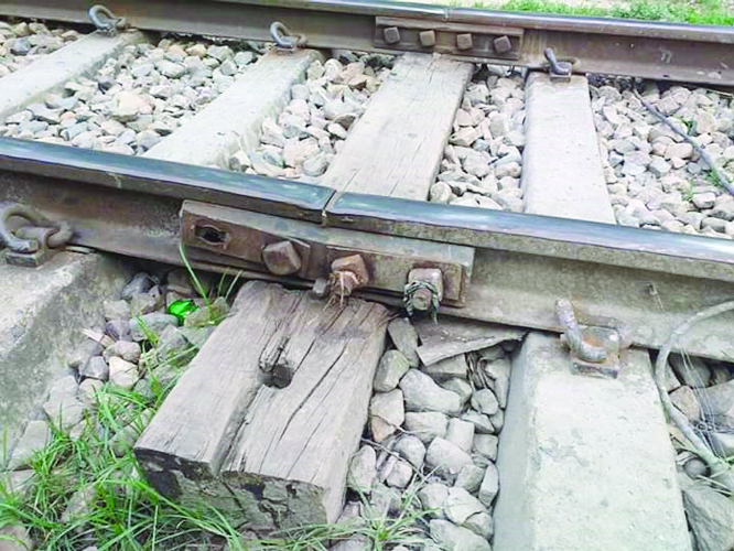 Railway bridges on Akhaura-Sylhet section turn risky