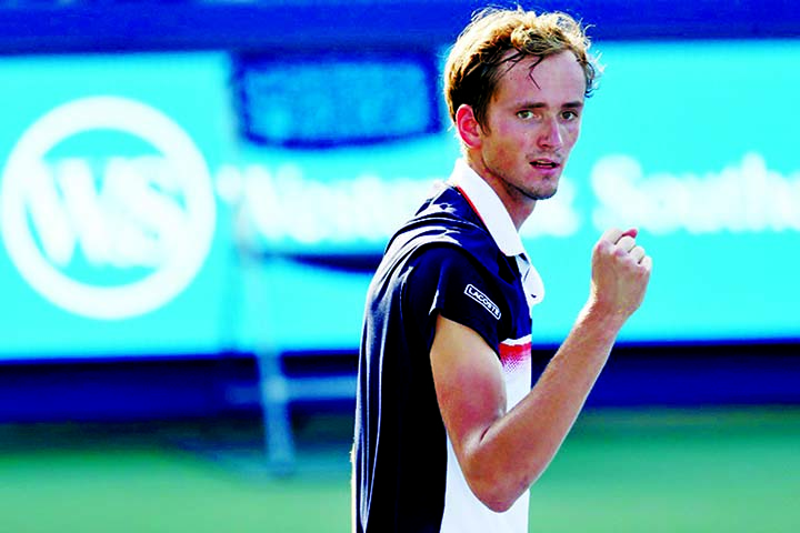 At last: Cincinnati title lands Medvedev in world top five